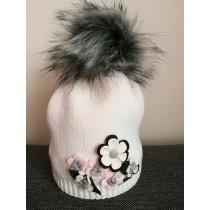 Dievčenská pletená čiapka 107 D s podšívkou biela